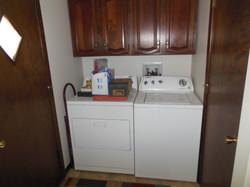 506 Ely Woodbine Laundry