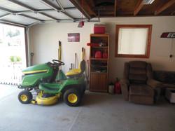 506 Ely Woodbine Garage interior (2)