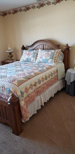2058 HIllside Ave Mondamin bedroom4