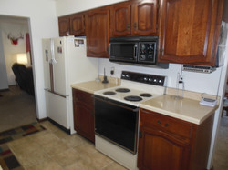 506 Ely Woodbine Kitchen