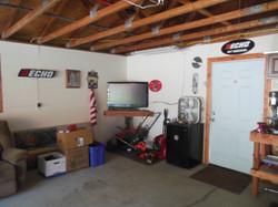506 Ely Woodbine Garage Interior 3