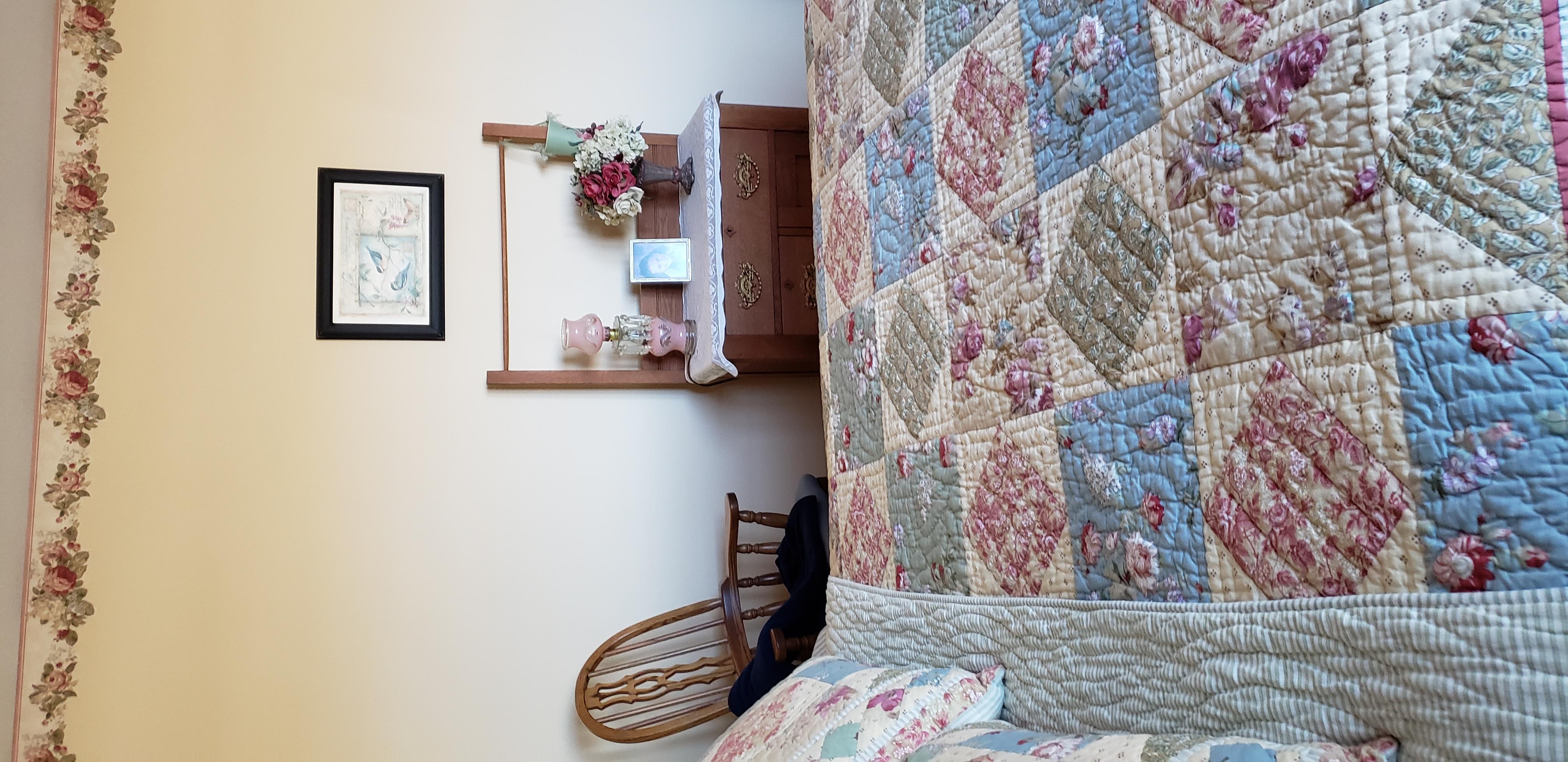 2058 HIllside Ave Mondamin bedroom8(1)