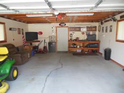 506 Ely Woodbine garage