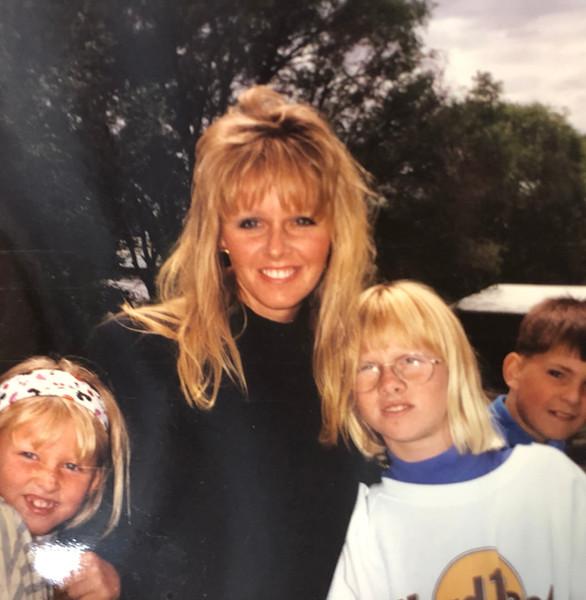 Teresa & Her Two Daughters