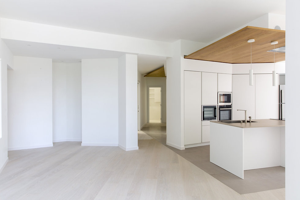 living room - oak ceiling