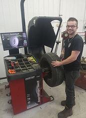 Brendon Isabel, technicien à la réparation d'automobile