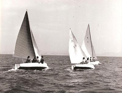 (87)1957 UNF Niolon Tritons et Argonaute