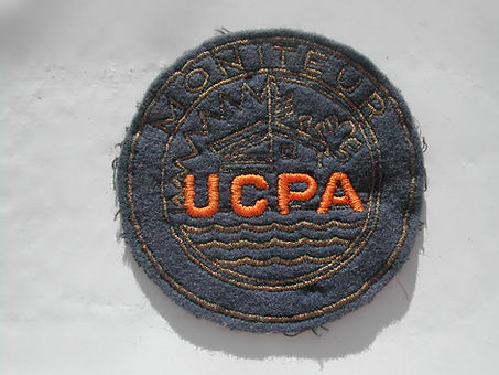1967 Insigne  feutre moniteur UCPA.jpg