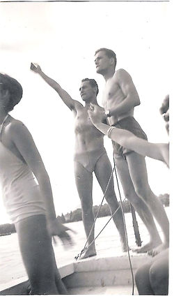 (79)1957 8 UNF Colbert.jpg