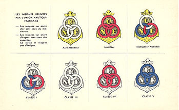 (4)1958 Insignes UCPA, collectiion Ecrit