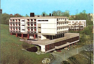 (131)1967 4  1 Centre UCPA Les Marquisat