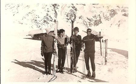 Hiver_1963,_Le_Tour,_Jean-Pierre_Charriè