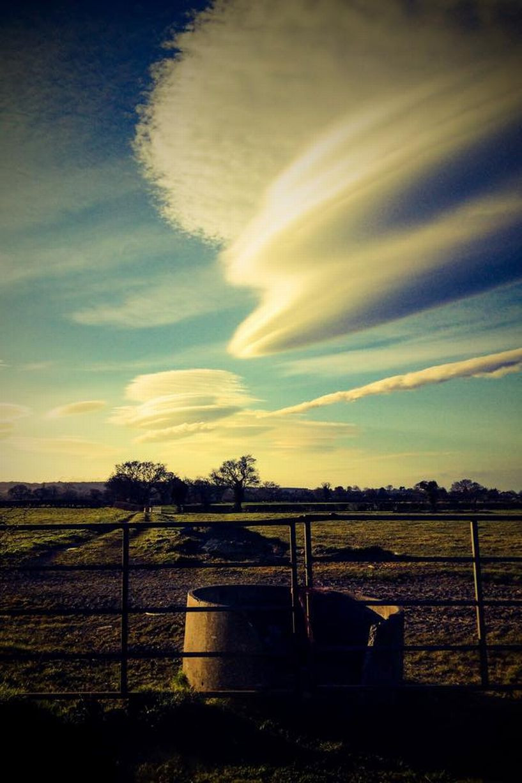Lenticular Clouds9.jpg