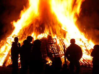 Local Bonfire and Fireworks displays this weekend in Formby, Hightown and across Sefton
