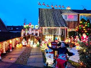 Over £1,000 raised for Formby schoolboy Dan thanks to James and his Christmas Lights of Beechwood Dr