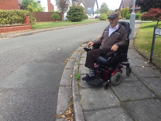 Disabled Formby resident gets great Christmas news from Cllr Dutton