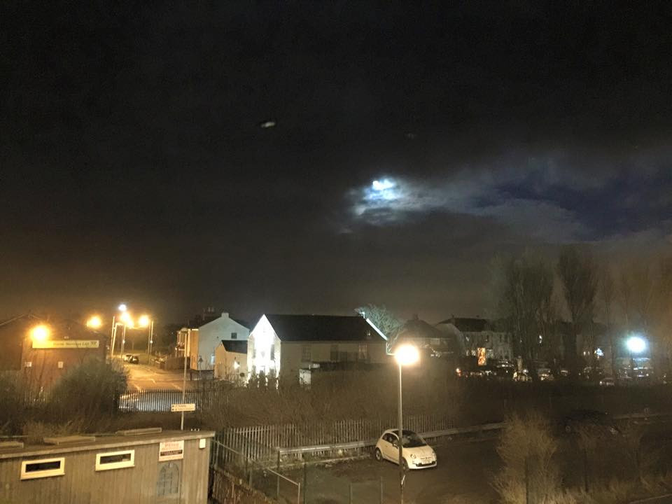 Full Moon 2.jpg