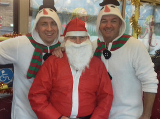 Cumfy bus drivers bring Christmas cheer to their Formby passengers again this year