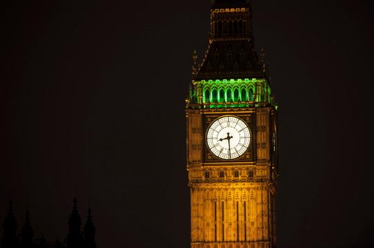 UK_London_BigBenCloseup_SwitchOn.jpg