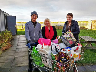 Formby Labour members contribute to mass food bank collection