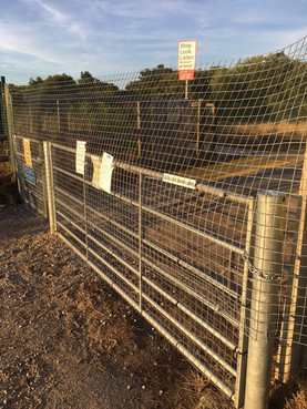 Fisherman's Path Level Crossing is completely fenced off and closed for at least 3 weeks
