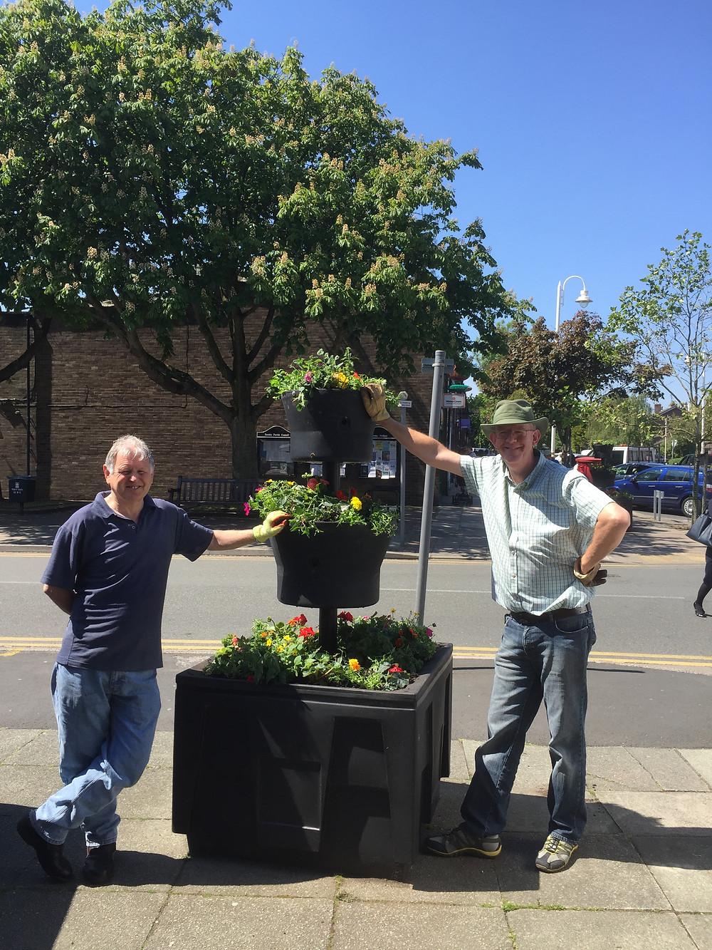 Beautiful new Flowers in Formby Village.JPG