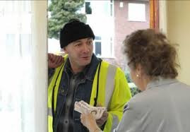 Doorstep Scammers are working in Formby, please be careful who you open your door to!