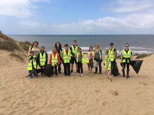 Sea Life Centre Manchester held another successful Formby beach clean collecting almost 80kg of rubb