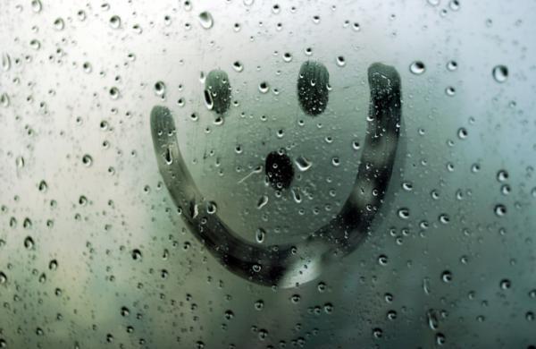 18.-smiley-face-on-window.jpg