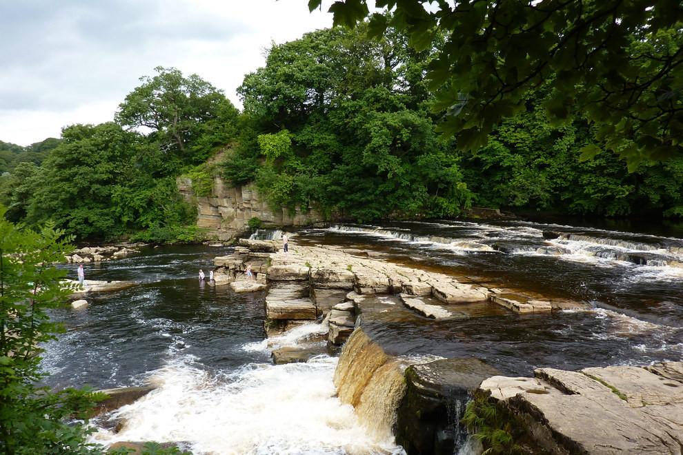 River Swale, Yorkshire.jpg