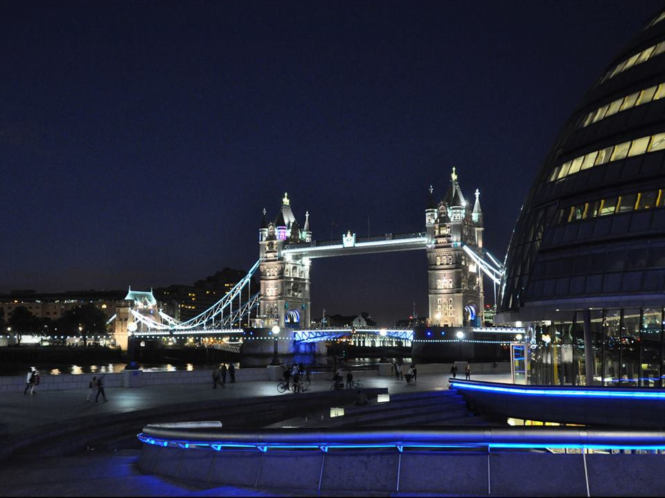 DPIs 3 place Tower Bridge by Laurie Lissett.jpg