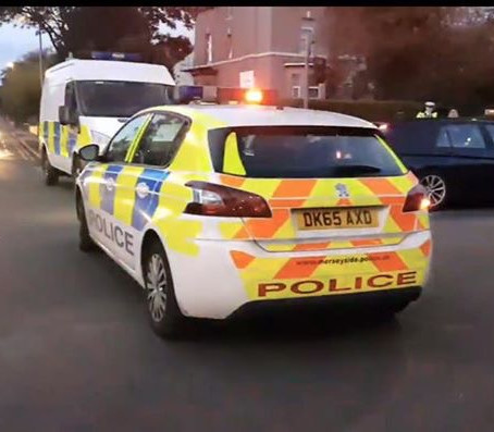 Four arrested and stolen car and knife recovered in Southport last night