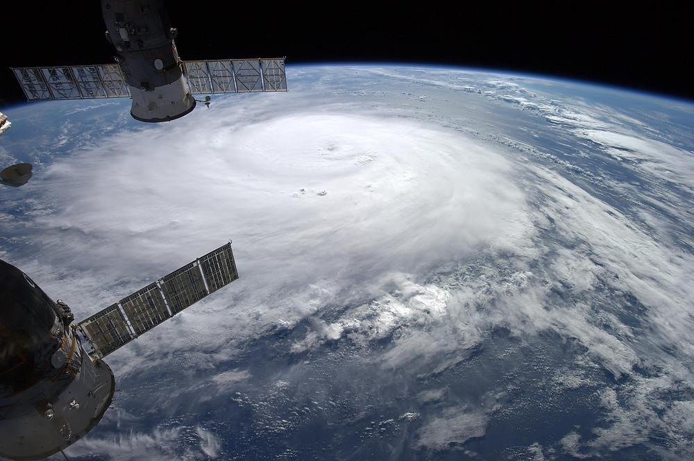 141017-hurricane-gonzalo-1731_c42d4336344999f9a31b6ada61ce467b.jpg