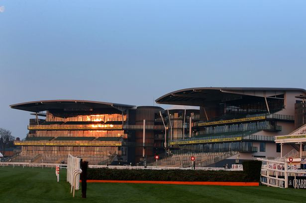 Opening day at Grand National 2015.jpg