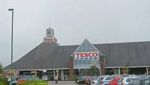 Two shop workers from Tesco Formby steal over £6,000 in refund cash