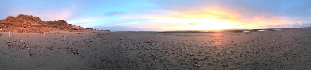 Sarah Griffiths Sunset on the beach 19th April 2015.jpg