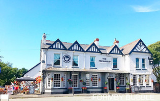 The Freshfield Pub opens it's doors at 6pm tonight - everyone welcome