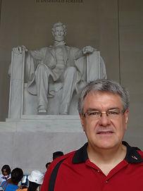 Lincoln statue.JPG