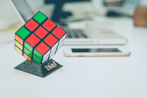 Cube Rubiks_edited.jpg