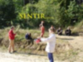 Ressoucement à Vallisis Quillan stages Languedoc-Roussillon sources sérénité nature pure vacances harmonie danse location dôme géodésique stages artistiques spirituels argile immersion nature retraites lieu magique et unique gaiayoga méditation chant des voyelles