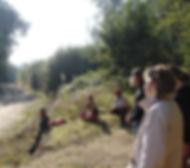 Ressoucement à Vallisis Quillan stages Languedoc-Roussillon sources sérénité nature pure vacances harmonie danse location dôme géodésique stages artistiques spirituels argile immersion nature, massage sonore, concert bols, bien-être, sonologie, cercles de femmes, cercles d'hommes, dôme géodésique, sol en terre crue