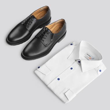 Fotografia de produto - Calçado (sapatos e camisa)