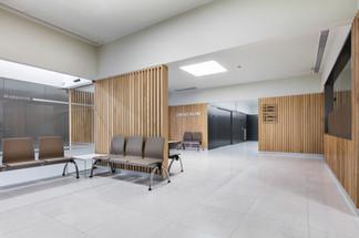 Indústria - sala de espera em clínica
