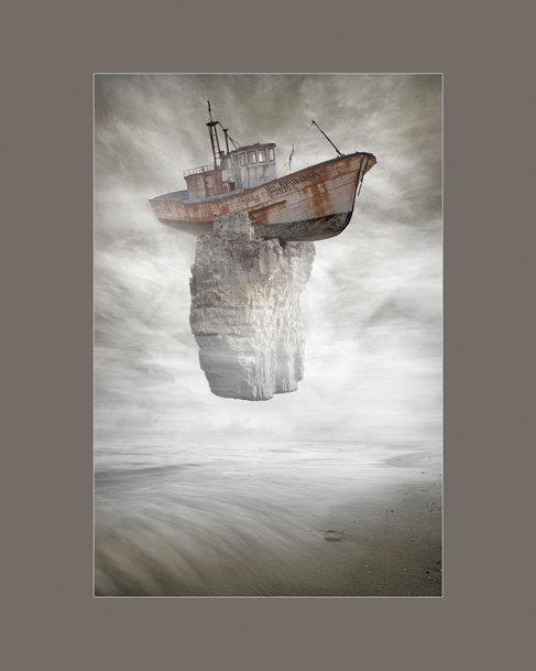 23-Fotomontagem/Arte Digital - Surrealismo