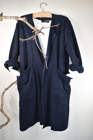 s201 long coat with pockets