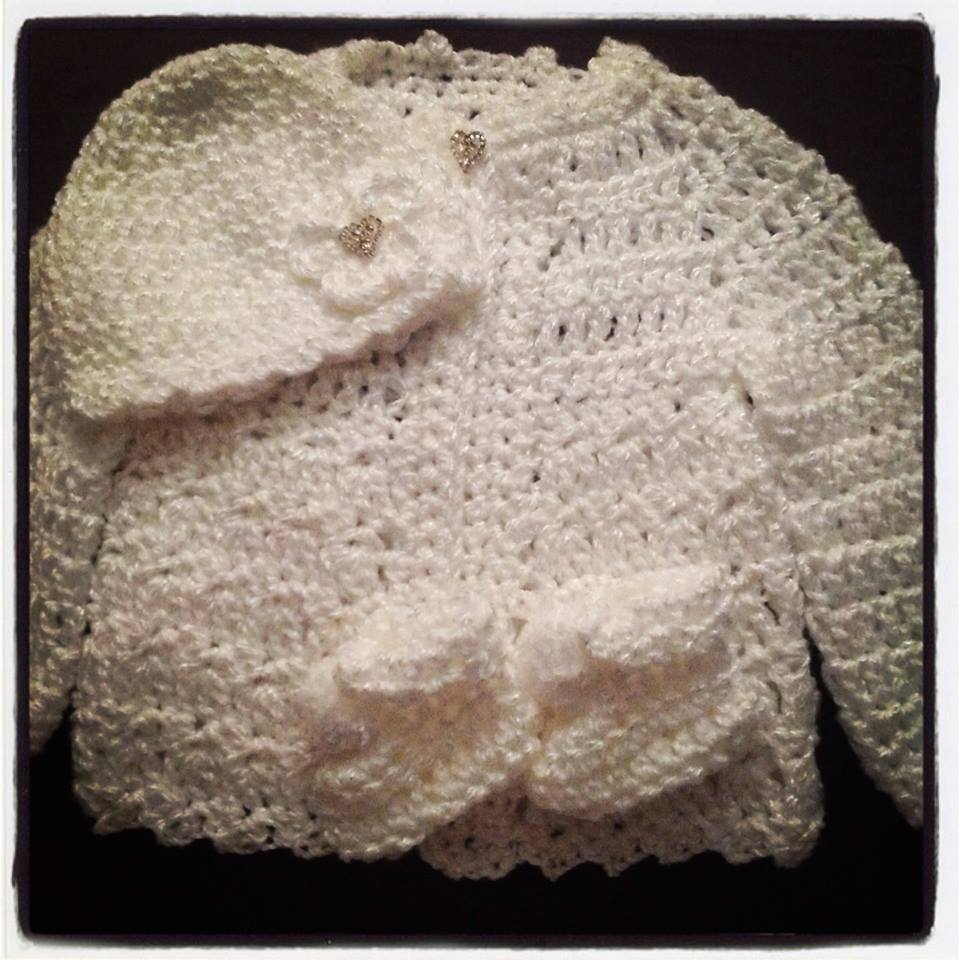 White Sweater/Hat/Booties Set