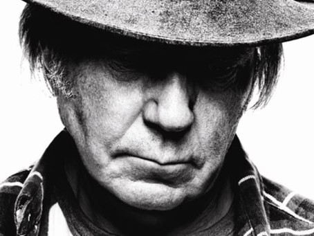 Waging Heavy Peace by Neil Young (Book Review)