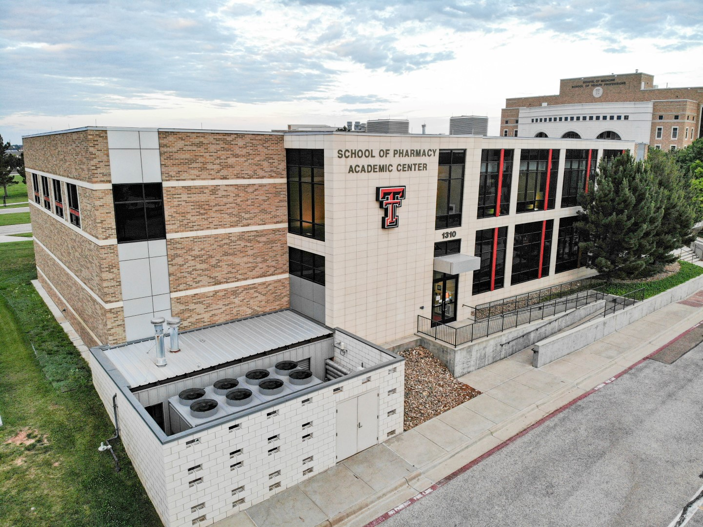 TTUHCS Pharmacy School Expansion