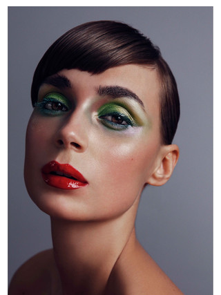 Live Natural High End Beauty Retouching