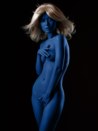 Download 1,500 Nude Photos For Retouching